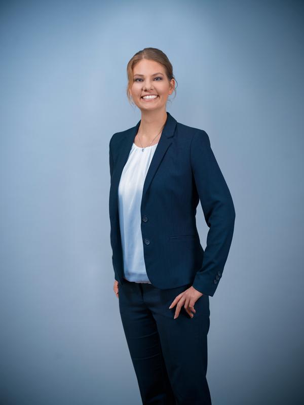 Mag. Christina Herzog, B.Sc. | Rechtsanwaltsanwärterin